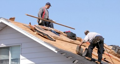 Get a roofing contractor insurance for your workers